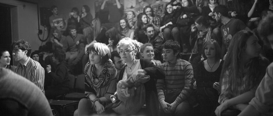 public teatrul thespis