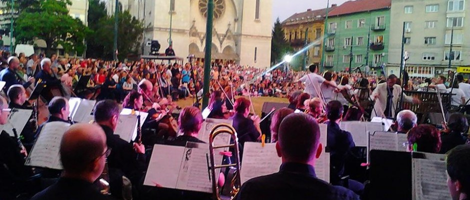 piata balcescu concert filarmonica