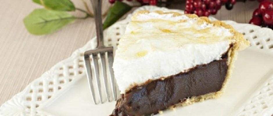 tarta cu ciocolata si bezea