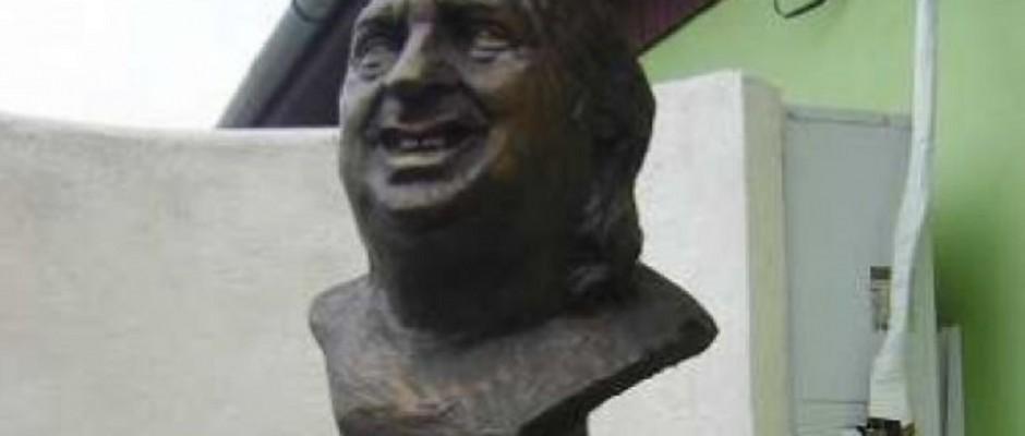 statuie stefan popa popas