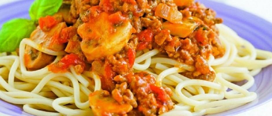 spaghete cu carne si ciuperci