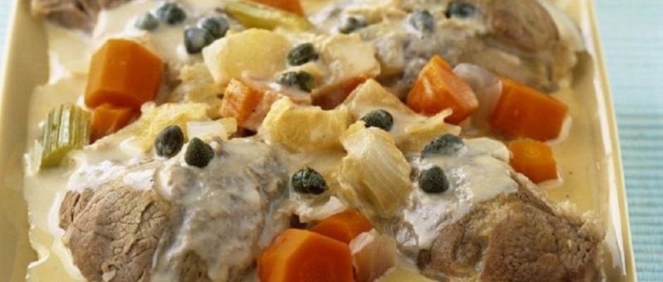 rasol cu cartofi si sos de smantana