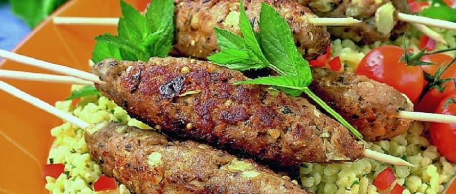 kebab de miel cu sos de menta