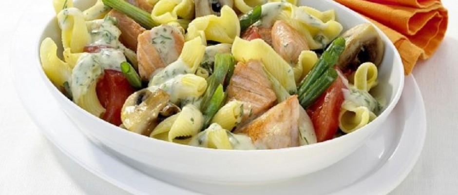salata de paste cu somon