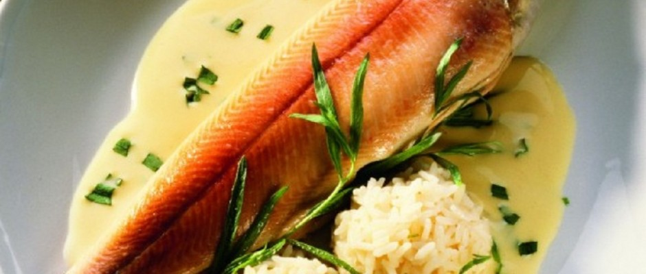 pastrav somonat cu sos alb