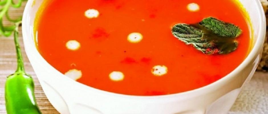 supa-crema de linte rosie