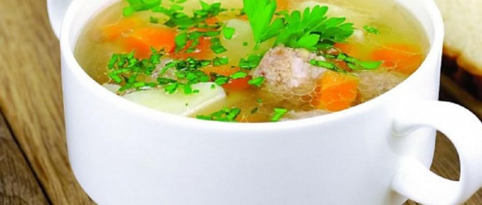 supa de legume cu perisoare